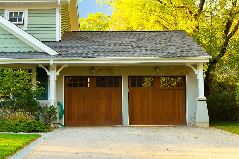 Does it Help My Home's Value to Install a New Garage Door?